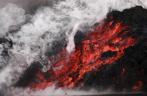 Smoking Hot - Lava from Fimmvörðurháls and Eyjafjallajökull